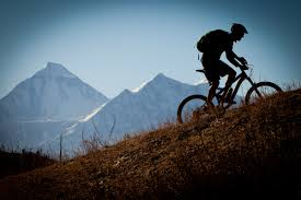 Mountain biking_Hot Togs